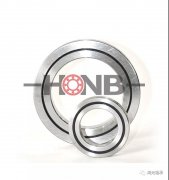 What are the advantages of crossed roller bearings?